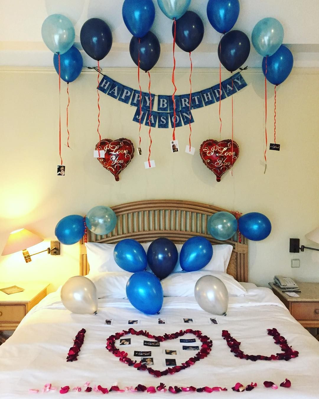 Decorate_room_balloons